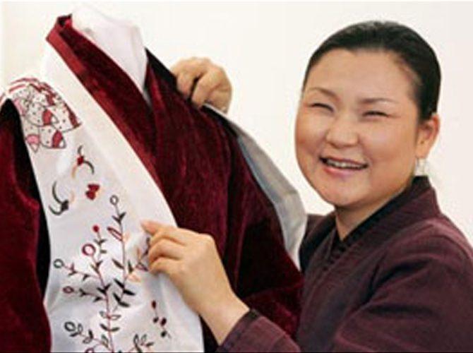[KBS WORLD-2007.6.8] 프랑스 파리에서의 우리옷 질경이 - 1